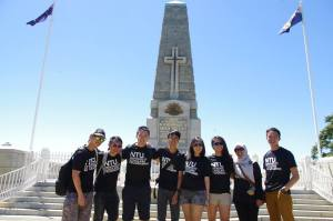 The Seniors @ Kings Park - From left: Edwin, Myself, Jin Yang, Bryan Sr., Germaine, Hui Cong, Nabilah, Joash