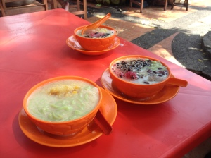 We had cendol in between our shopping spree